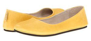 yellow flat shoes women