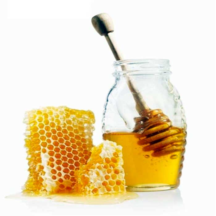 Honey and Our Skin: Recipes and Tips