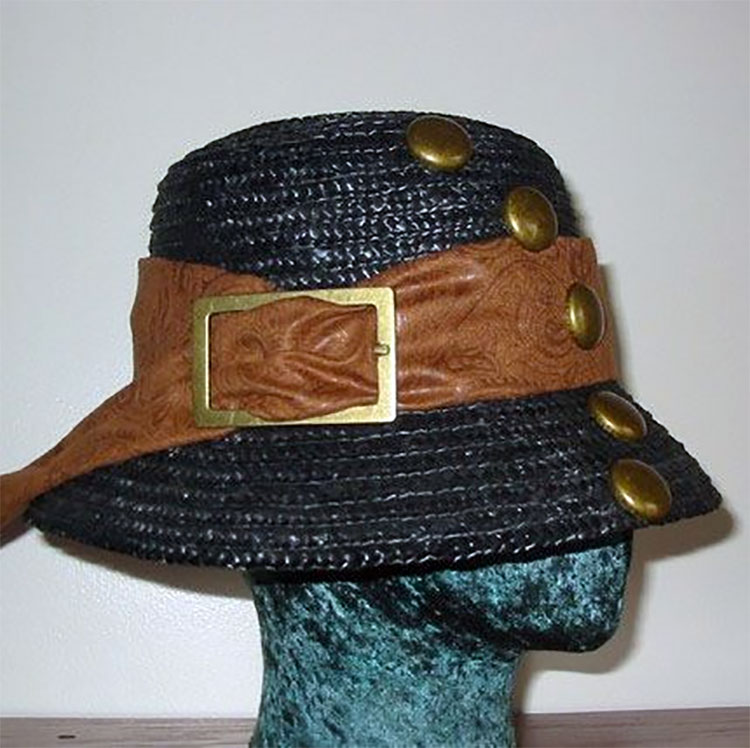 Lady Explorer Cloche Hat