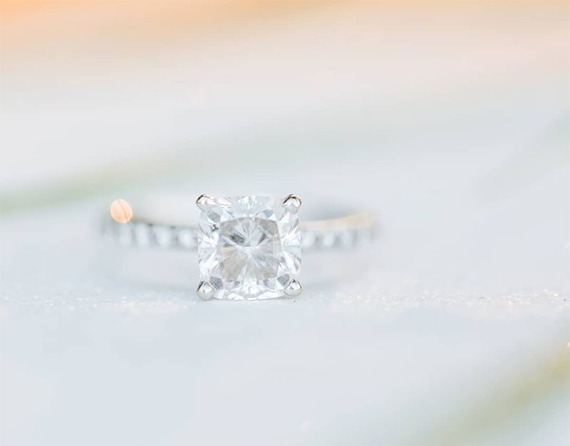 Elegant Cushion Cut Engagement Rings