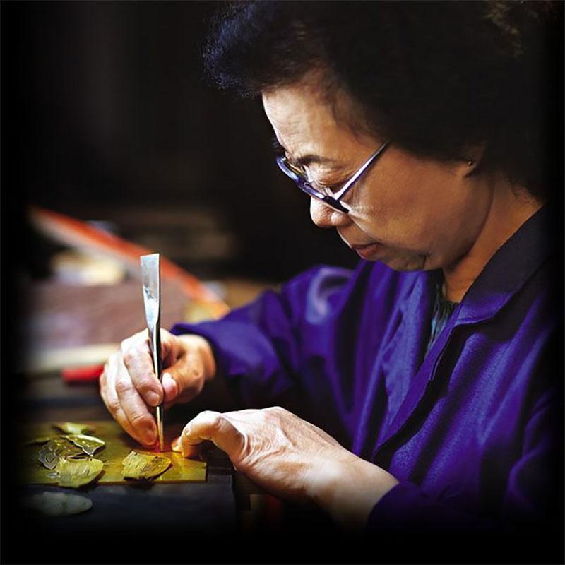Bai Jingyi Jewelry Designer