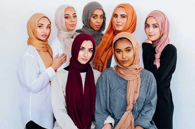 Square face Hijab Style