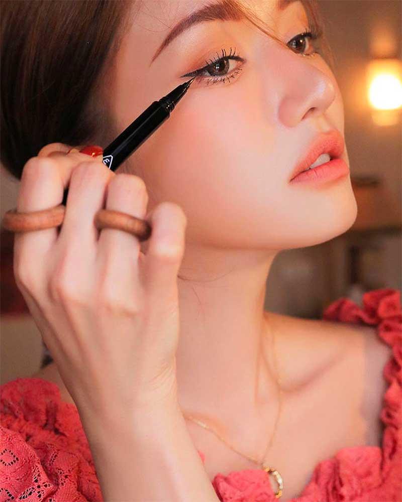 Korean Eye Makeup Reviews