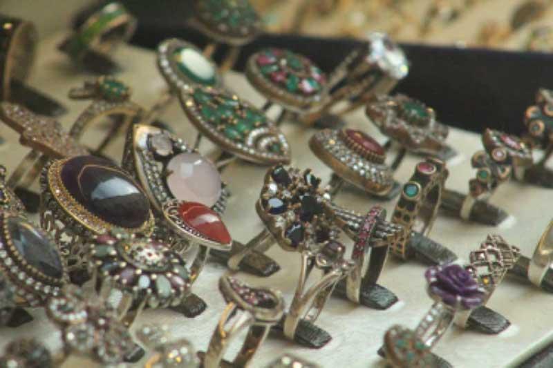 Exploring Jewelry Materials and Precious Stones