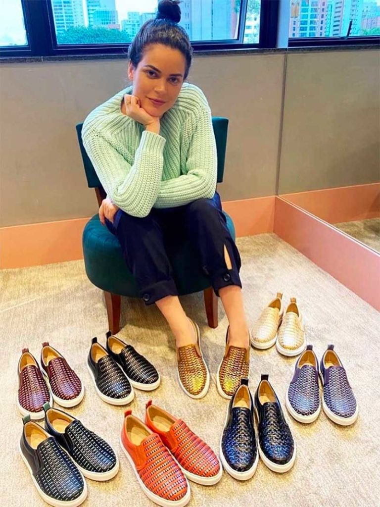 How to Match Your Shoes to Your Dress