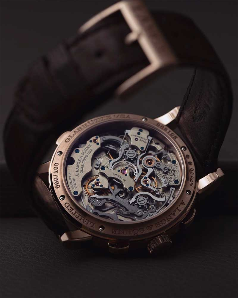 Will Smartwatches Replace Luxury Watches?