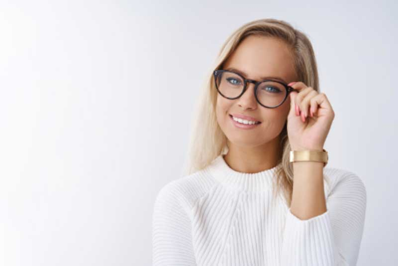 Coach Eyewear: How to Choose Perfect Glasses for Your Style