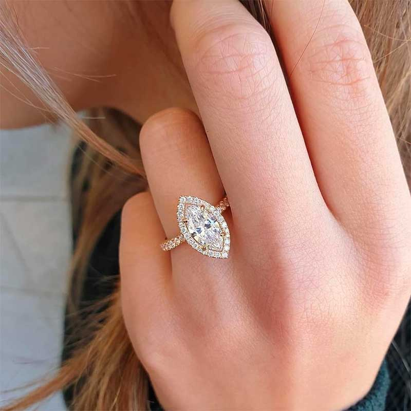 All You Need to Know About Moissanite Jewelry