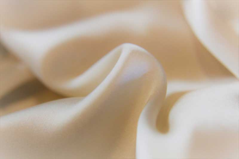 The Benefits of Silk for Your Hair, Skin and Overall Health