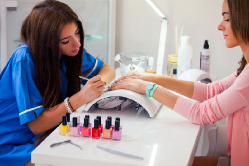 7 Great Manicures People Are Loving in 2021