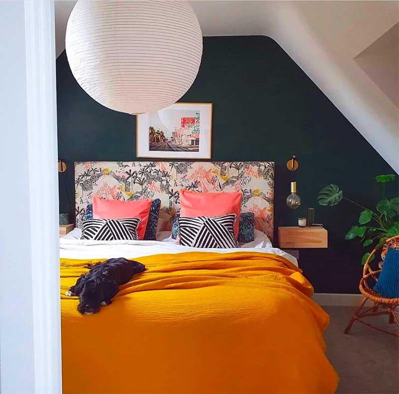 Minimal Room Decor Ideas - Upholstered Headboard