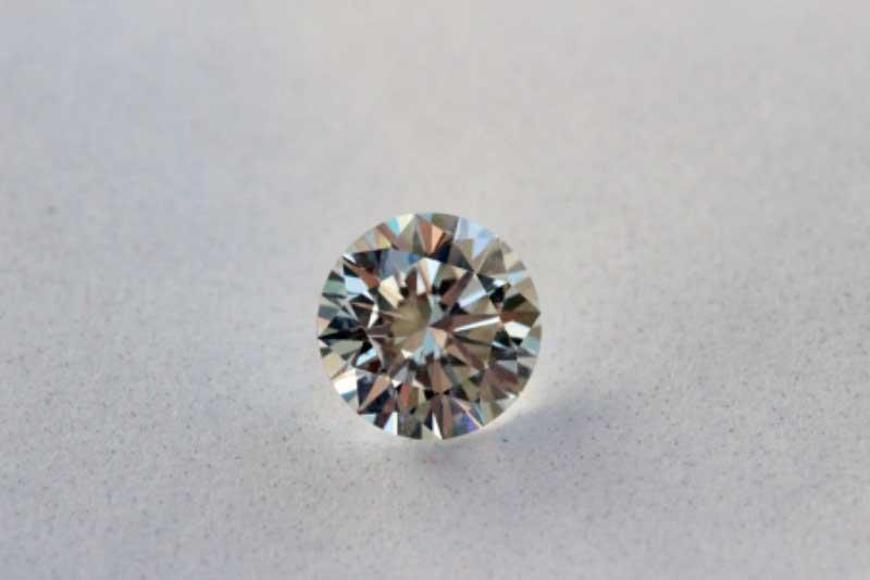 Factors to Consider Before Choosing Man-made Diamonds In Calgary