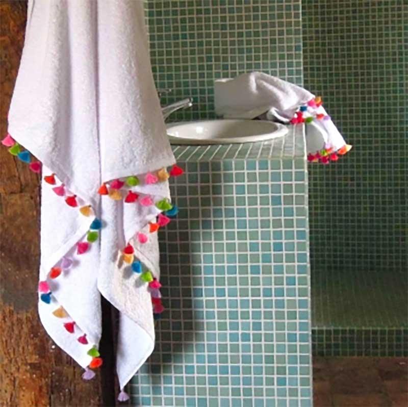 batjh towels, fringing, tassels, cotton