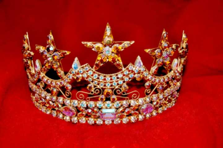 How toaHow to Enter Your First Beauty Pageant Enter Your First Beauty Pageant