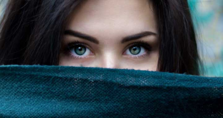 The Complete Guide to Beautiful Eyelashes