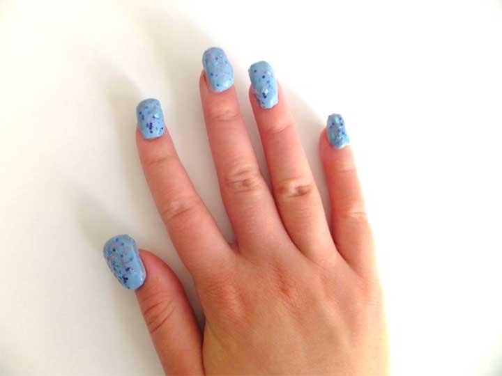 Stiletto bubble nails