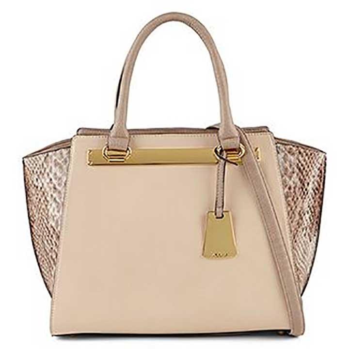 Aldo Macnutt Bag - how to wear large handbags?