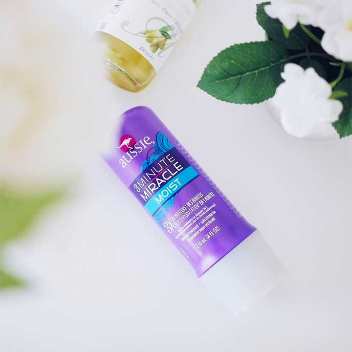 Does Aussie's 3 Minute Miracle Really Hydrate Dry Hair In 180 Seconds?