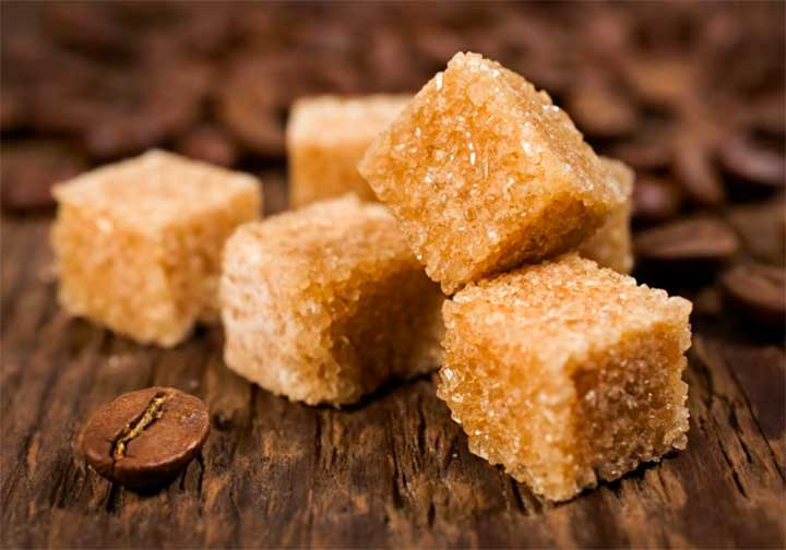 Brown Sugar and Oil Lip Scrub