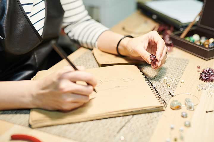 Custom Jewelry Creation: What You Must Know About The Process