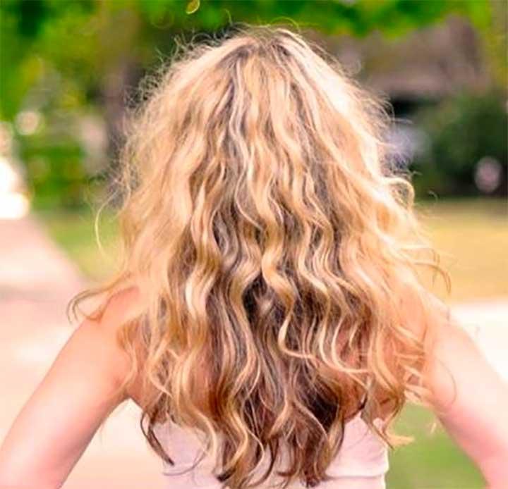 Enhance Your Natural Texture With Sea Salt Spray