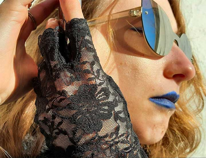How To Pull Off Blue Lipstick For A Summer Goth Look