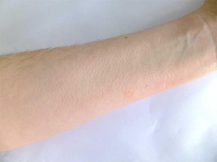 Lipstick Test Arm H&M