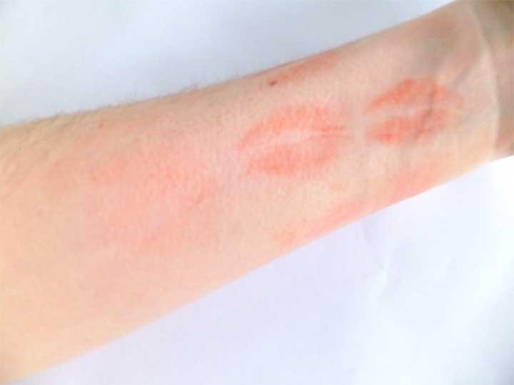 Lipstick Test Arm Laura Mercier