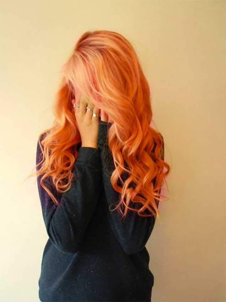 Does peach hair look good on pale skin?