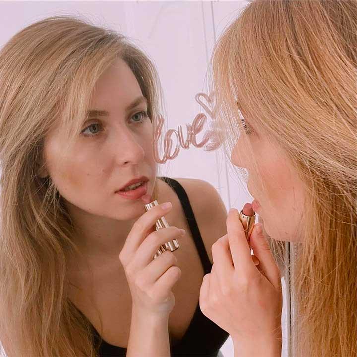 shades of nude lipstick