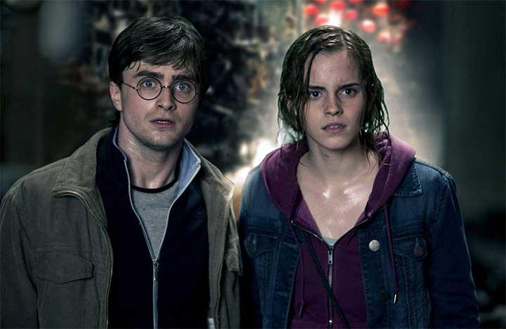 10 Fashionable Harry Potter Items Every Fan Can Wear