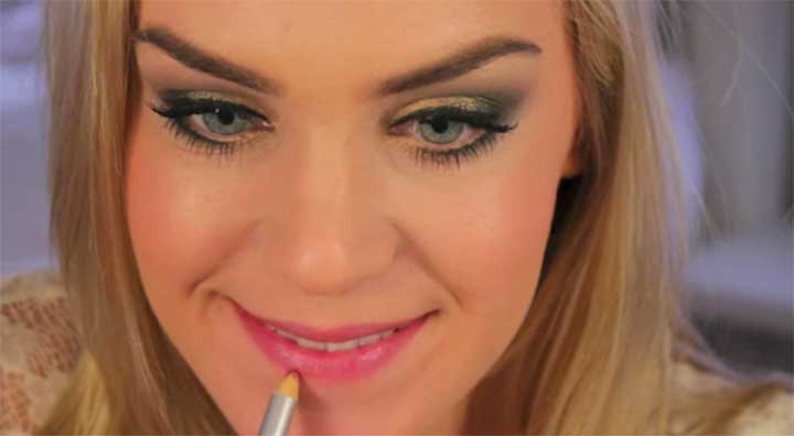 How To Make Your Lips Look Bigger by Mariah Leonard