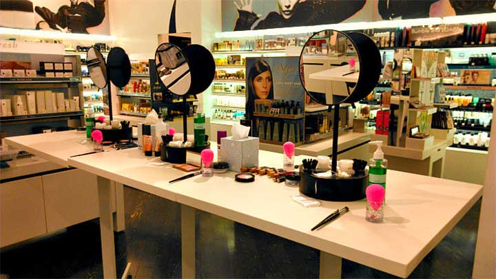 Everything You Need To Know About Sephora's Free Classes, The Beauty World's Best Kept Secret