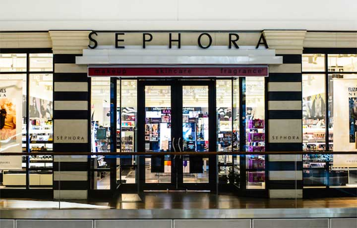 Sephora Store: Real Sephora Employees Tell Us Their Favorite Mascaras