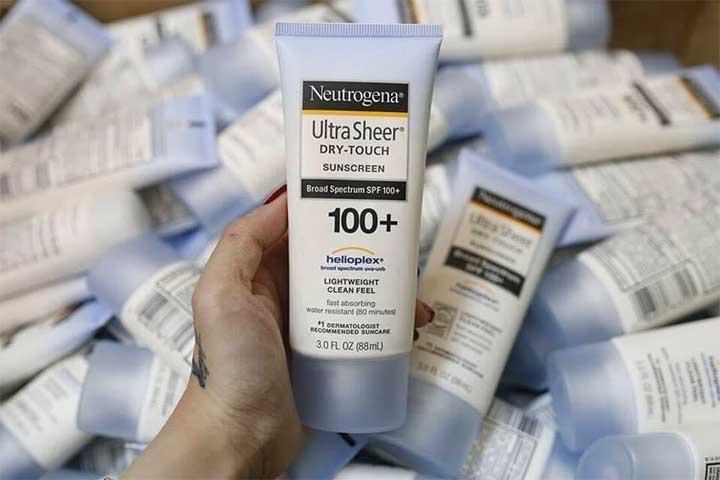 Neutrogena's Ultra Sheer Face Sunscreen