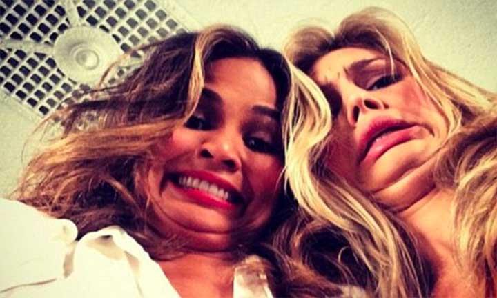 Chrissy Teigen and Kelly Rhorbach Double Chin Selfie