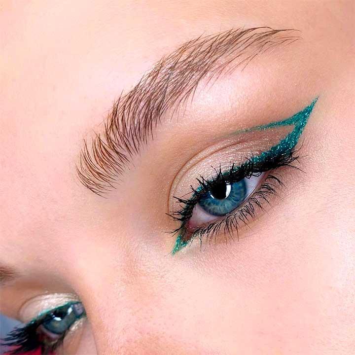 Colored Eyeliner Hacks