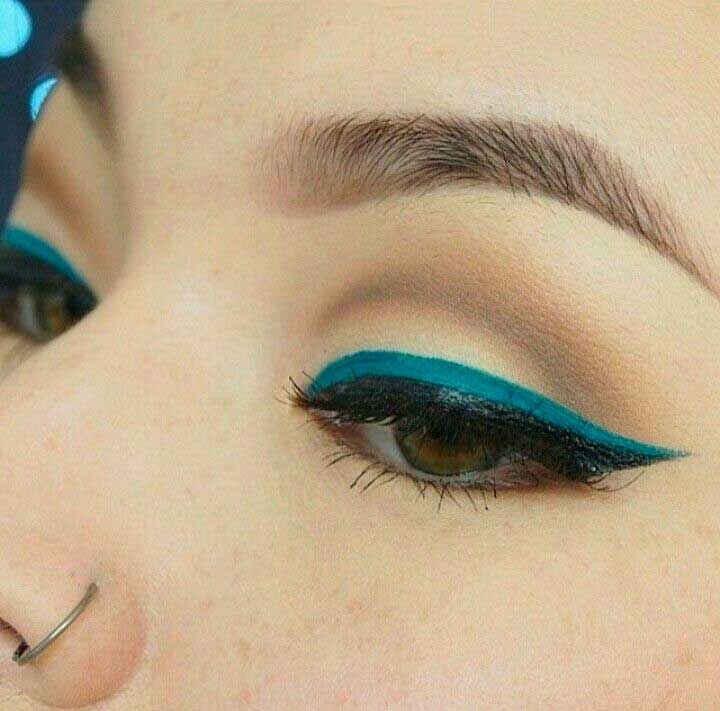 Double Turquoise Liner