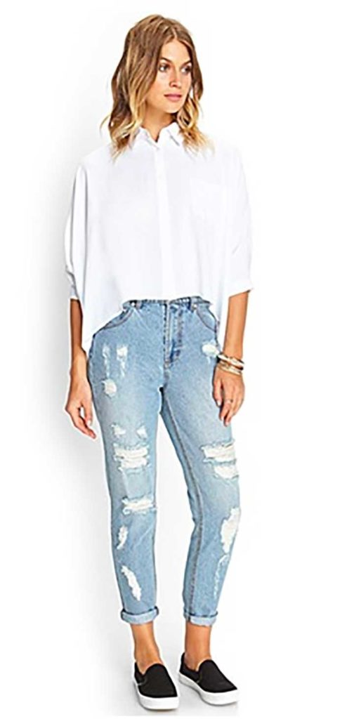 Forever21 Classic Distressed Boyfriend Jeans