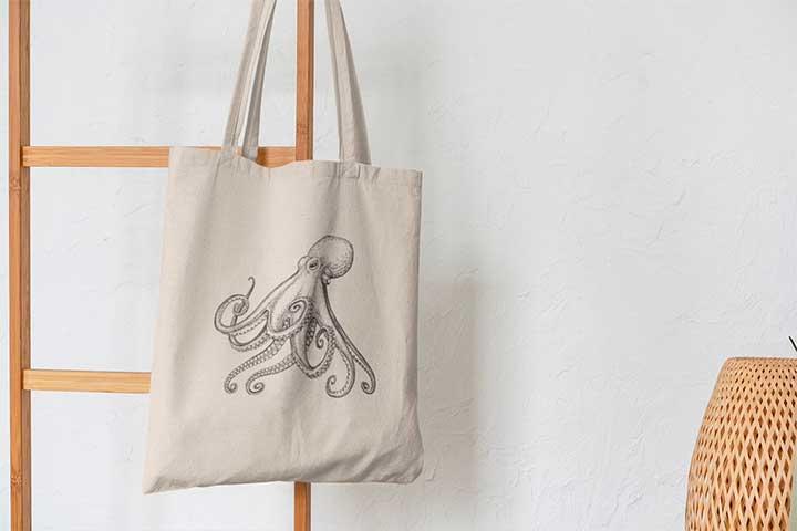 Octopus Minimalist Reusable Tote Bag
