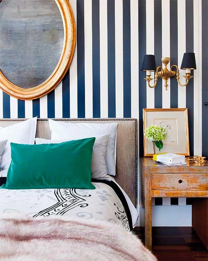 bold striped wall