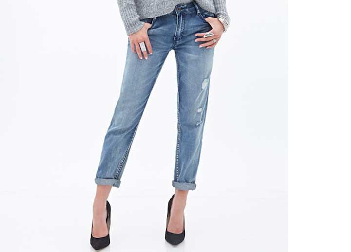 mid-rise distressed boyfriend jeans