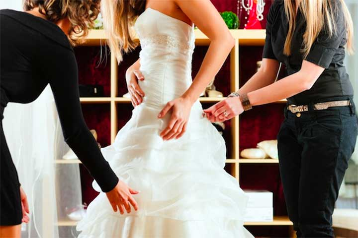 Real Women Debate The Pos and Cons of Renting Wedding Dresses