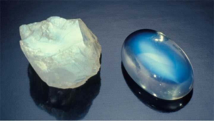 Moonstone - crystals for positivity