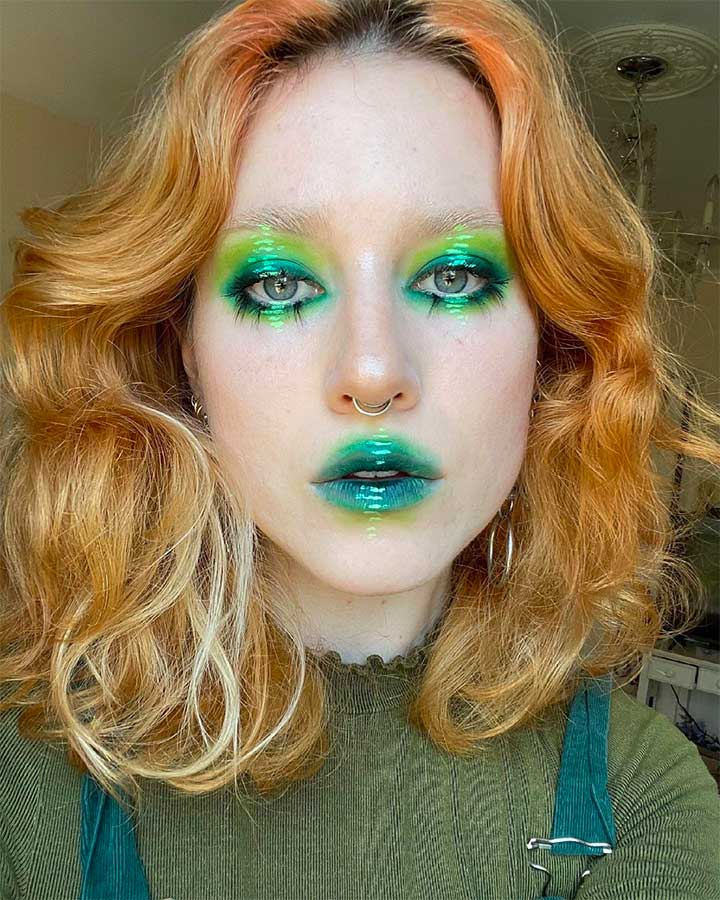 green lipstick matte